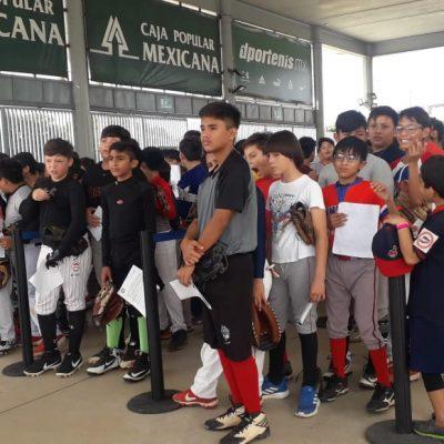 'Visorean' promesas del beisbol en Yucatán