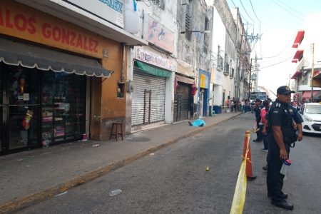 Un paro cardiaco lo sorprende en el centro de Mérida