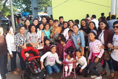 Joven hunucmense triunfa en la Copa Revolución de la Feria de Xmatkuil
