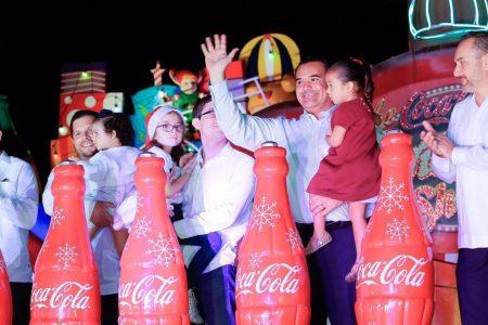 Renán Barrera enciende la Navidad en Mérida