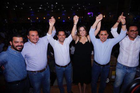 Panistas hacen 'pacto para la unidad' en convivio navideño