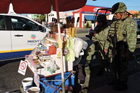 Decomisan pirotecnia prohibida en puestos de Mérida