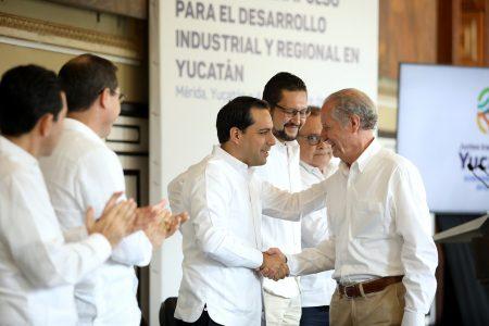 Ponen a disposición de empresarios yucatecos 295 millones de pesos