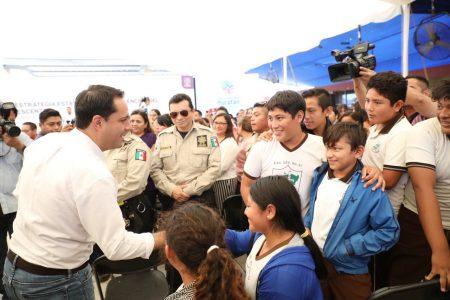 Akil y Celestún, municipios con más embarazos de adolescentes en Yucatán