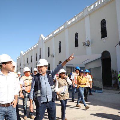 Mauricio Vila refrenda su compromiso de reabrir en enero el Salvador Alvarado