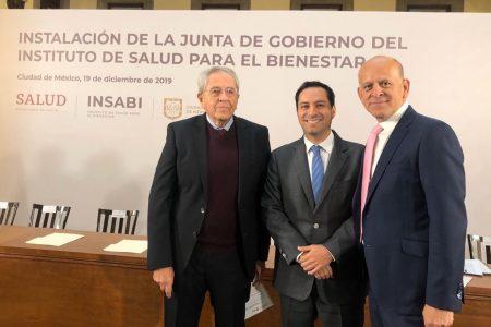 Mauricio Vila ratifica su compromiso de ofrecer mejores servicios de salud