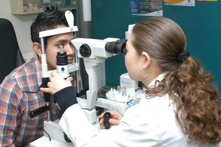 Síndrome del ojo seco, ligado al uso excesivo de celulares y videojuegos