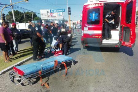 Motociclista se desvanece en semáforos de la avenida Jacinto Canek
