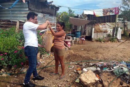 Iniciativa 'Yo doy la cena' beneficia a 72 familias del sur de Mérida