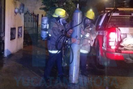 Hallan cilindro de gas tóxico en chatarrería de Xoclán: vecinos sufrían náuseas