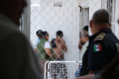 Amparan a colombianas por malos tratos en el Instituto de Migración en Mérida