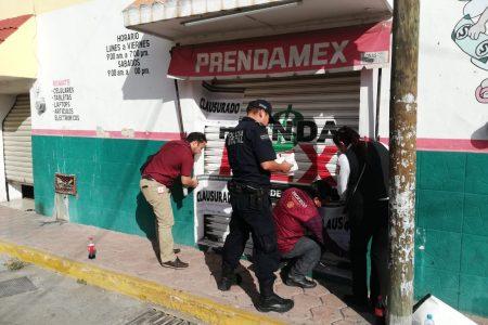 Por operar sin registro, Profeco clausura casa de empeño en Kanasín