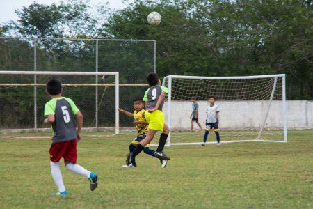 Fuchis FC. conquista la Liga Formando Talentos de Kinchil