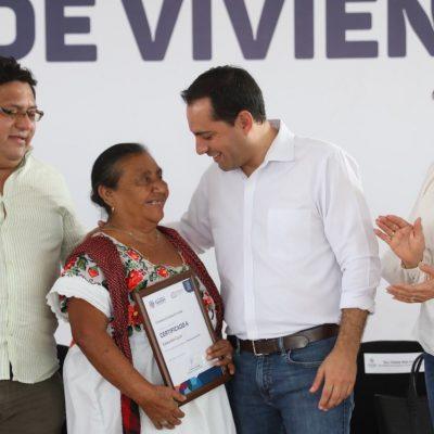 Mauricio Vila entrega las primeras acciones de vivienda del 2020