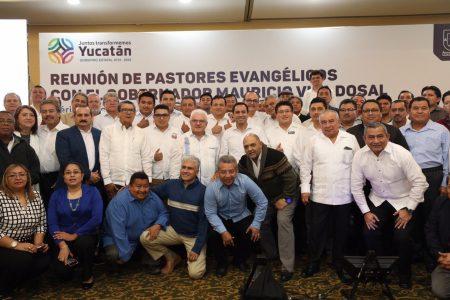 Líderes evangélicos respaldan trabajo del gobernador Mauricio Vila