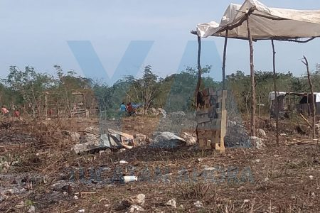 """Desmantelan casas de """"paracaidistas"""" en El Roble Alborada"""