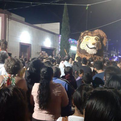 Con piñata monumental reciben el Año Nuevo 2020 en el sur de Yucatán
