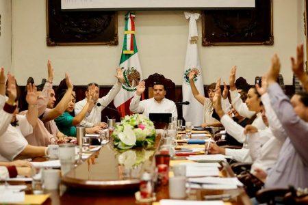 Renán Barrera propone más acciones a favor de las mujeres en Mérida