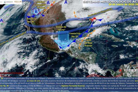Seguirán los nublados mientras el frente frío 35 se aleja de Yucatán