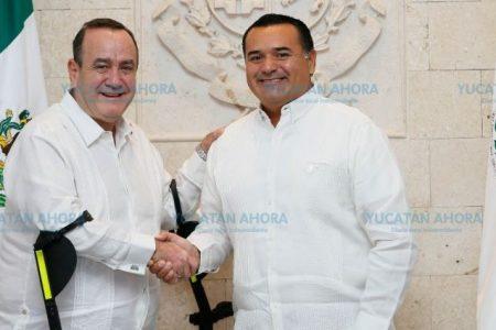 Renán Barrera viaja a Guatemala, a la toma de posesión del nuevo presidente
