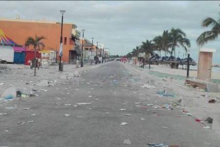 Niños de Progreso se amparan contra basurero al aire libre en el puerto