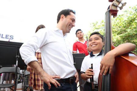 Niños y jóvenes de Yucatán cambian su vida gracias a la música