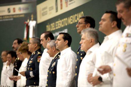 Mauricio Vila firma acuerdo de colaboración con las fuerzas armadas