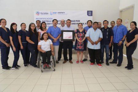 Recertifican servicios del Centro Regional de Órtesis, Prótesis y Ayudas Funcionales
