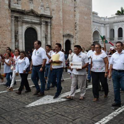 Marcha el FASU en demanda de mejoras sociales