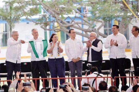 Renán Barrera atestigua el banderazo de inicio de nueva planta eléctrica en Mérida