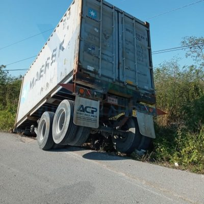 Remolcazo en la carretera Mérida-Progreso