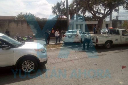 Conductora provoca choque de tres autos con un menor de 5 años herido