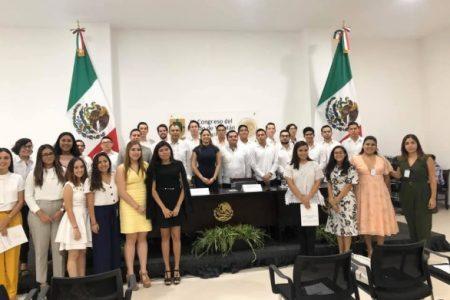 Nueva directiva de la Federación Mexicana de Jóvenes Abogados