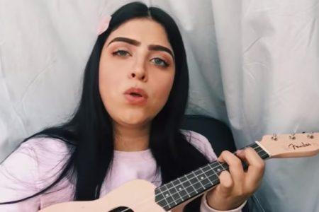 Con La Tusa a ritmo de ukelele, Francely Abreu regresa a YouTube