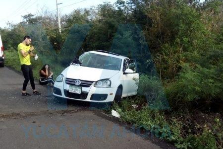 Joven se estrella contra un poste en la carretera Mérida-Progreso