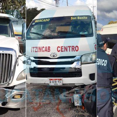 Tráiler provoca choque con taxi colectivo y una moto: dos lesionados