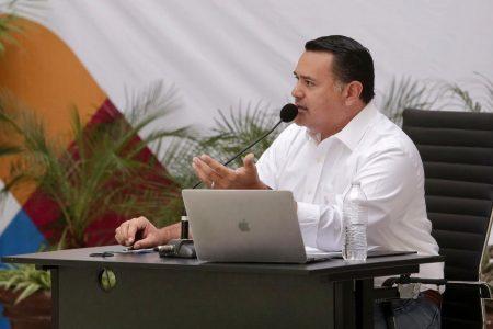 Llevan a comisarías de Mérida las medidas de prevención y sanitización