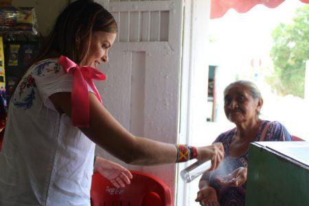 Cecilia Patrón promueve la prevención y la solidaridad a familias por el Covid-19