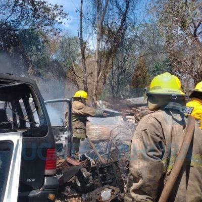 Se incendia un encierro de vehículos frente a Francisco de Montejo