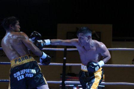 'Condorito' Martín gana el título minimosca en el Carnaval de Boxeo