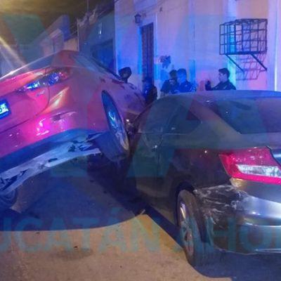 Alcoholizada provoca aparatoso accidente en el Centro de Mérida