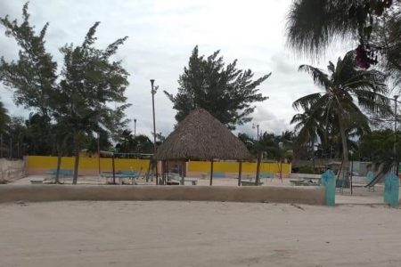 Las Coloradas quiere separarse de Río Lagartos: el alcalde no los atiende