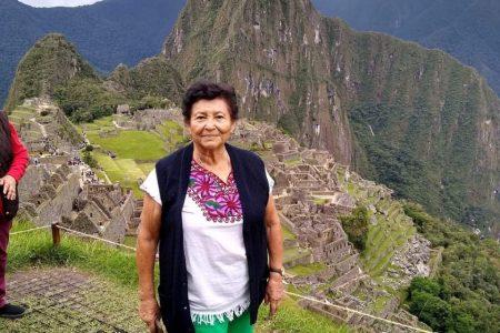 Trasladan a un hospital a la profesora Ethel Trujillo, atrapada en Perú