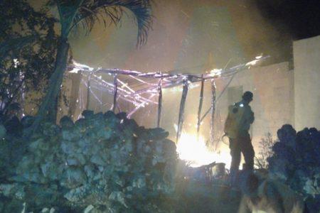 Se incendia y pierde su cocina de huano