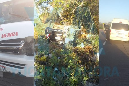 Aparatoso choque entre combi y auto, con volcadura incluida: 18 lesionados