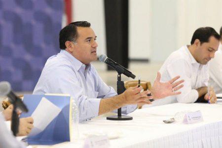 Renán Barrera pide a empresas que envíen a casa a sus empleados de la tercera edad