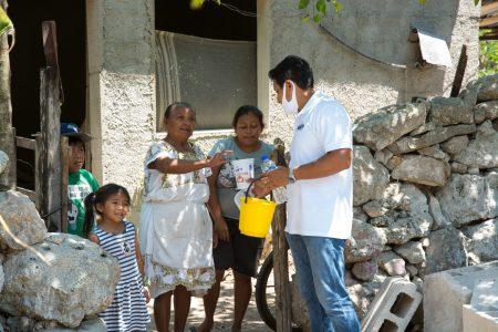 Reparten mil 500 raciones de comida a familias afectadas por el Covid-19 en Kinchil