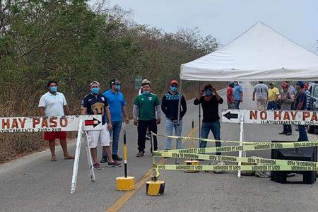 Conflicto entre Telchac Puerto y Telchac Pueblo por bloqueo de entradas