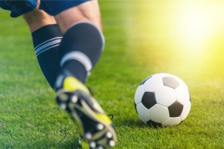 Sin fútbol de selecciones hasta nuevo aviso: La FIFA suspende sus torneos