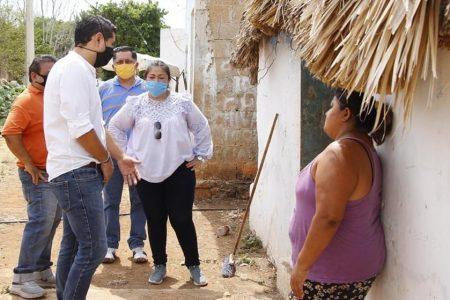 Entregan alimentos a familias necesitadas en comisarías de Tekax